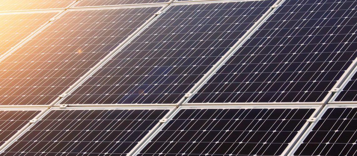 Jaliscienses lideran compra de paneles solares